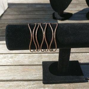 Clustered Crest Cuff Copper